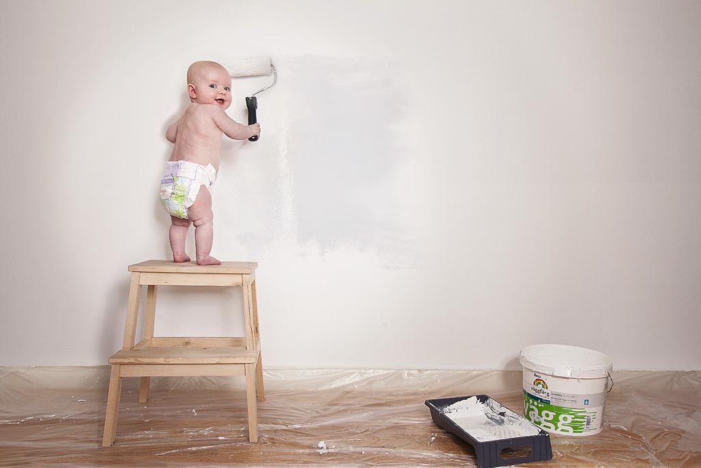 Bébé peintre