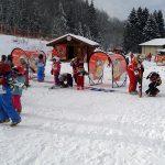 Loulou, 3 ans et demi, a testé le Club Piou Piou au ski !