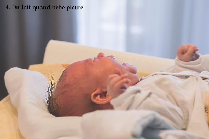 lait bébé pleure
