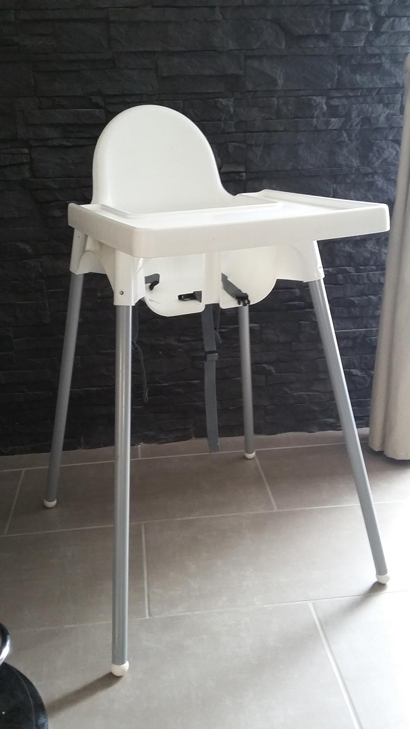 Chaise haute bébé Badabulle VS Chaise haute Ikea VS Siège de
