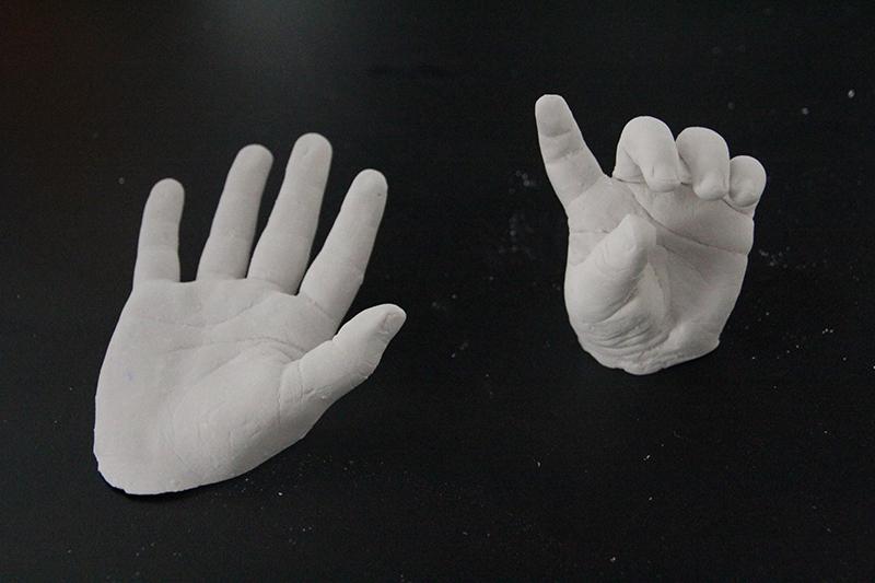 Moulage mains bébé