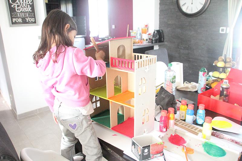 Décoration maison de poupées