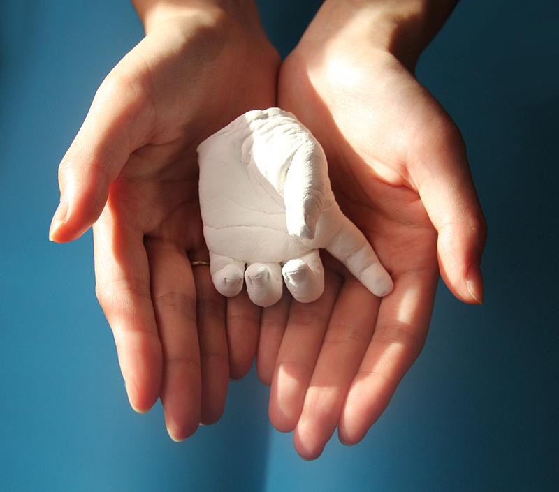 Moulage main plâtre