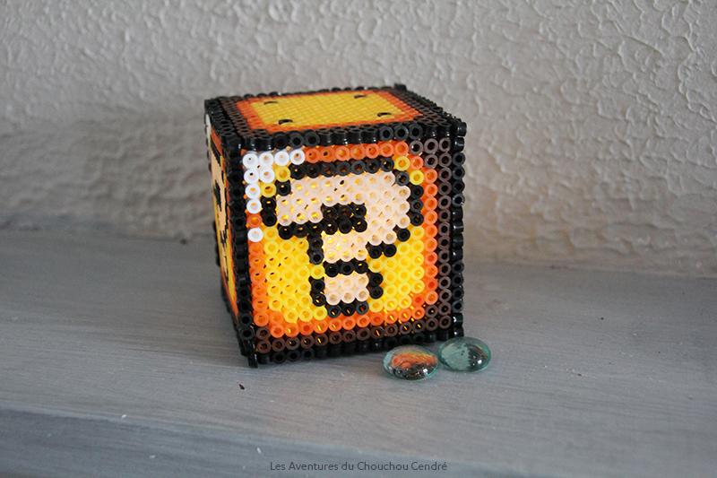 Cube mario photophore