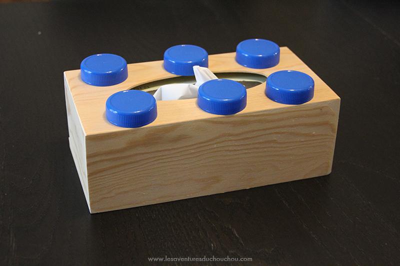 boîte avec bouchons lait